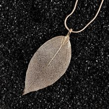 Europe and the United States cross-border accessories Natural leaves clavicle necklace Fashion simple leaves sweater chain whole