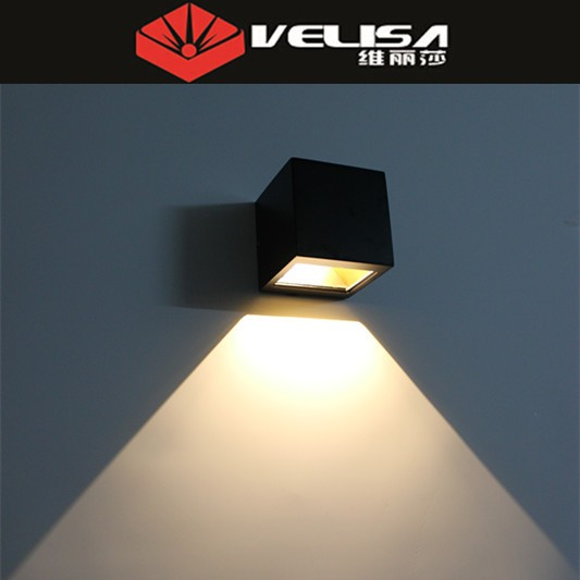 Modern Concise New Modern Silver 3W LED Square Wall Lamp Surface Install Light Fixture