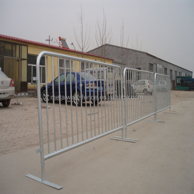 Used for road temporary fence/security fence/iron barrier