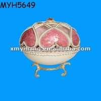 Elegant ceramic ostrich egg shaped trinket boxes with latch
