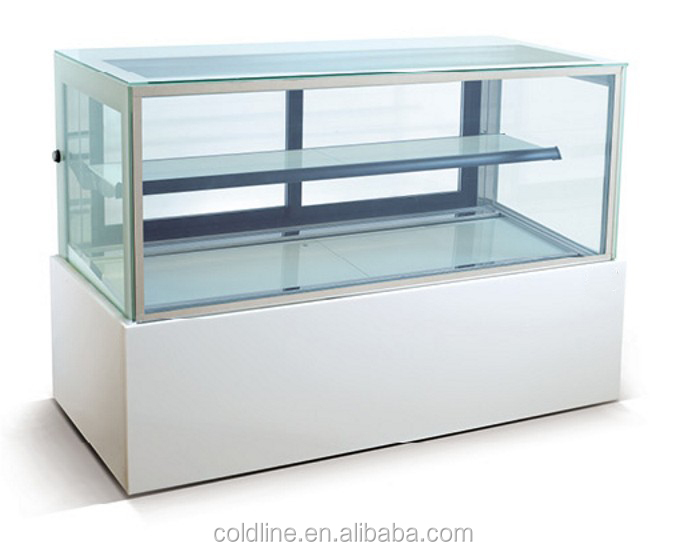 Refrigerated pastry/deli display case
