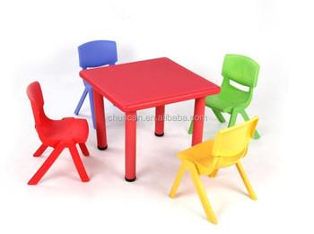 Tavoli Per Bambini In Plastica.Di Plastica Per Bambini Mobili Colorati Baby Piazza Tavoli Di Studio