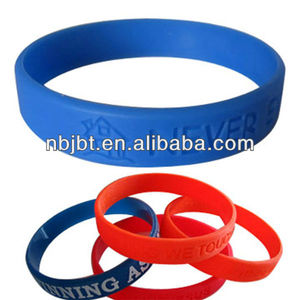 Promotion Gift Item Cheap Custom Nike Silicone Wristband