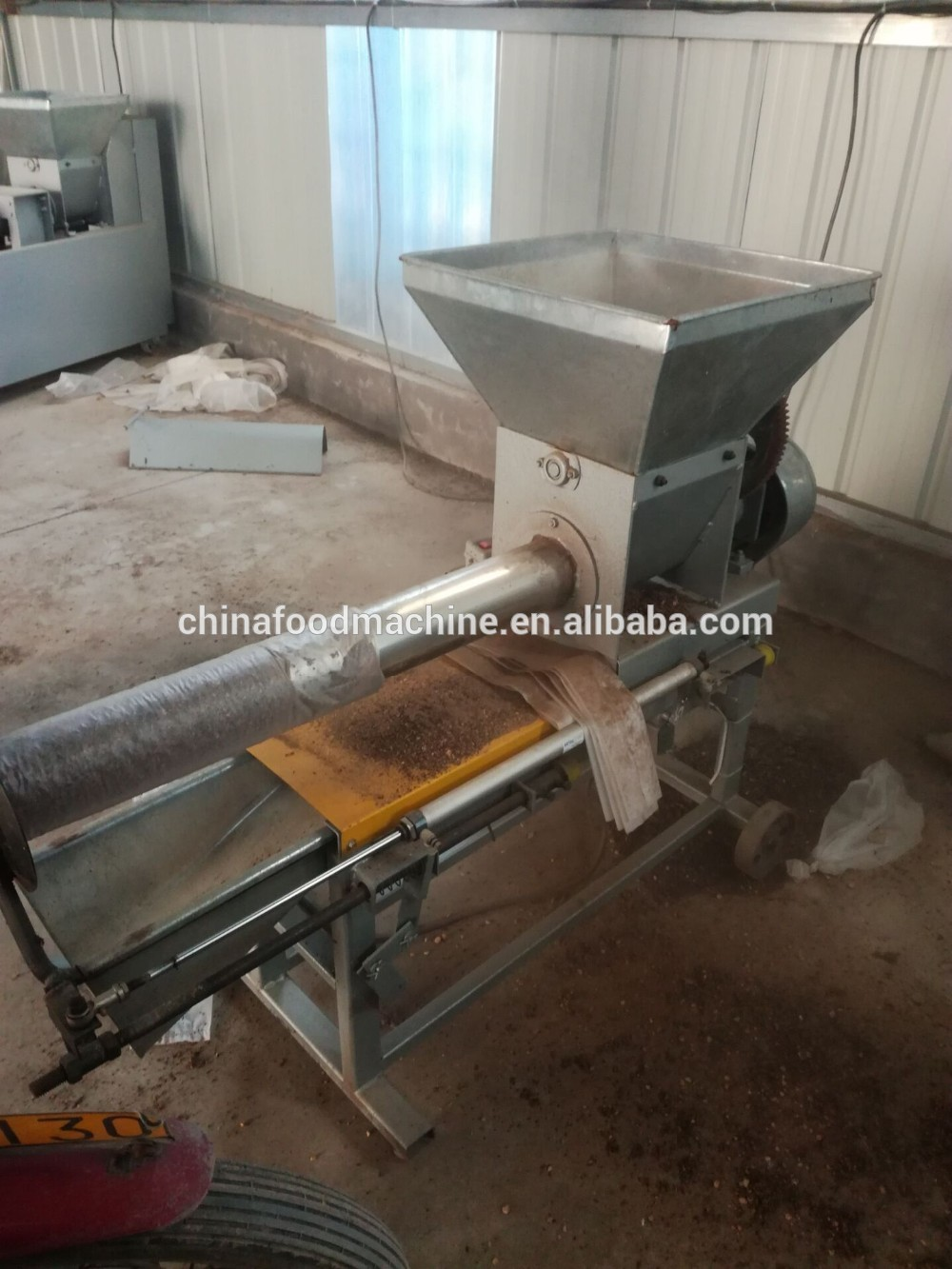 electric mushroom bag filling machine