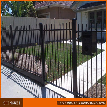 Decorative Spear Top Metal Garden Fence