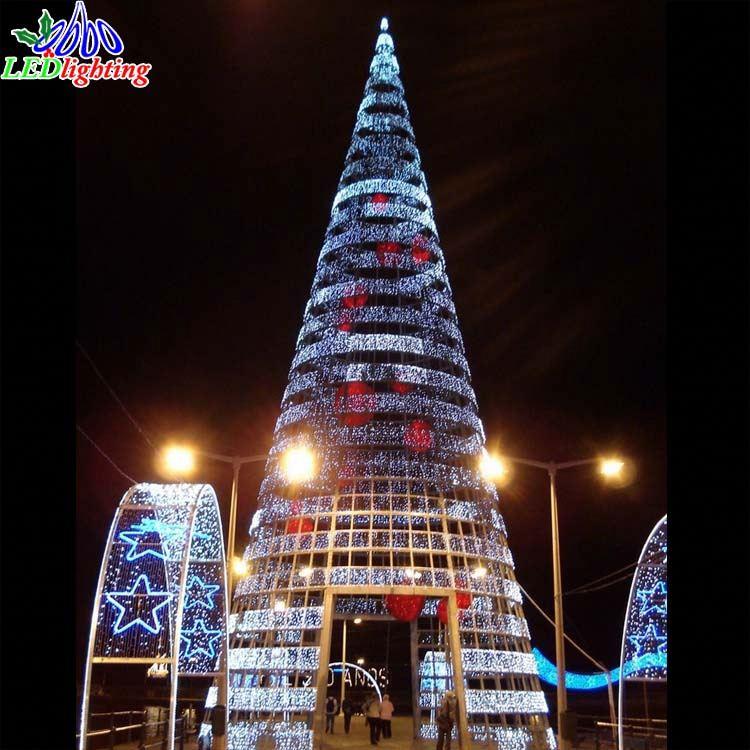 Outdoor Big Pvc Artificial Giant Christmas Tree Light, Outdoor Big ...