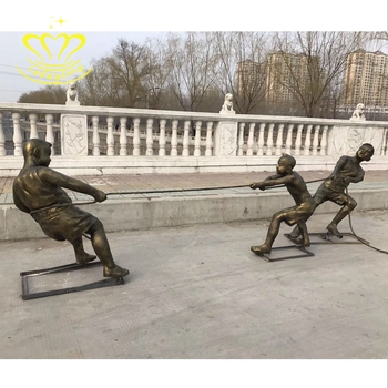 Outdoor garden decor sculpture fiberglass New product bronze colour Children's tug of war Statue