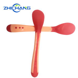 Factory wholesale hot changing color baby silicone feeding temperature spoon