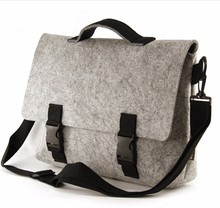 Strong weight-bearing rolling laptop bag
