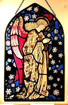 Decorative Hand Painted Stained Glass Arch Shape Church Panel in an Angel Praying William Morris Design. (18 x 11cm (7 x 4.5 inches))