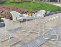 2016 comfortable UNT-R-1067 garden furniture outdoor set with white