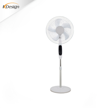 Commercial Outdoor Free Standing Fan Decorative 5 As Blade Pedestal