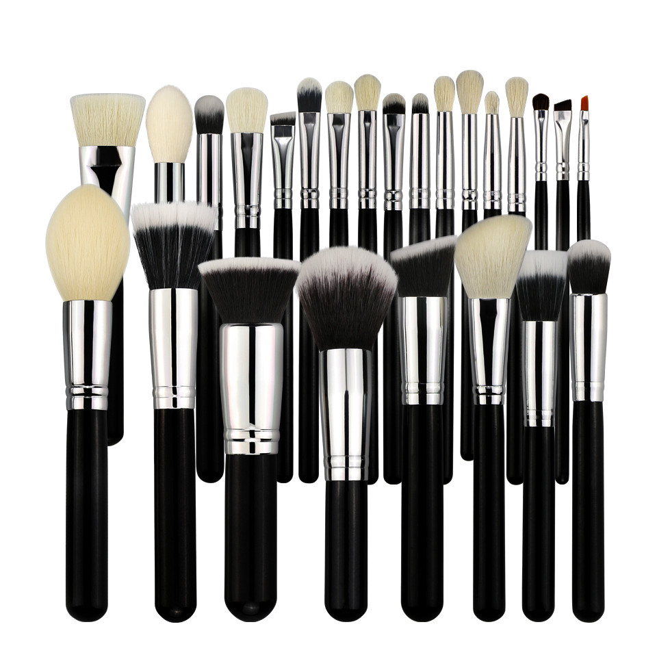 Alibaba.com / BEILI Professional 25 Pcs Black Makeup Brushes Tools Set Kits Without Logo Cosmetic Wood Handle Private Label Customize B-25-W
