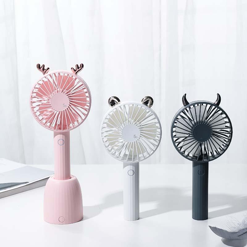 Heißer Verkauf auf Amazon Wiederaufladbare Mini Tisch Schreibtisch Fan Tragbare Fan