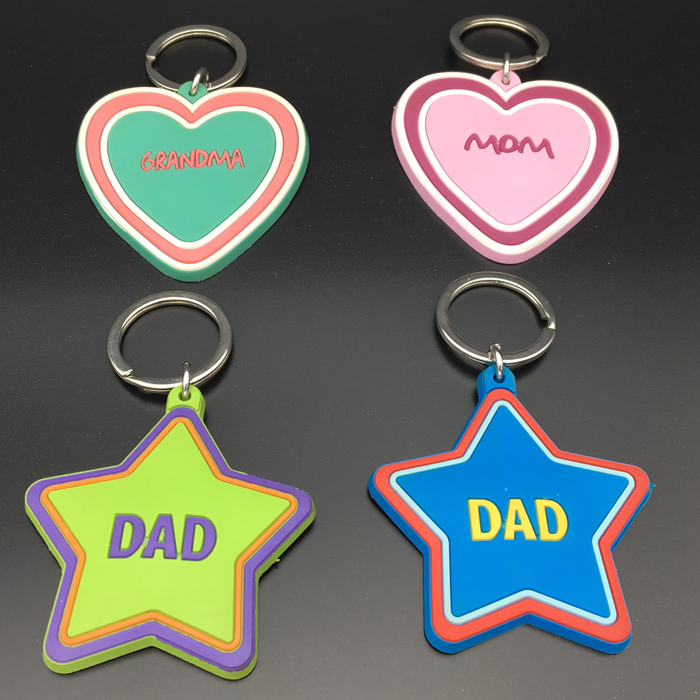 PVC Rubber Personalized Heart Shape Father Mother's Day Keychain