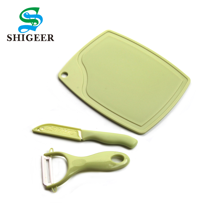 High Quality Kitchen Use Customized Multicolor Plastic Food Vegetable Potato Peeler