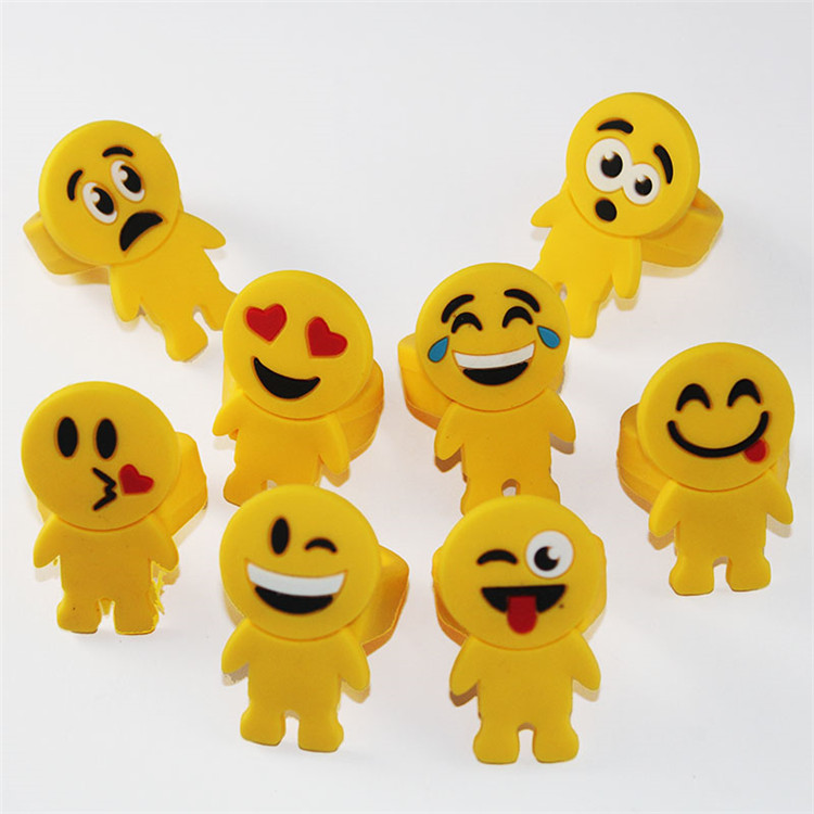 Newest selling excellent quality amused funny emoji pvc rings