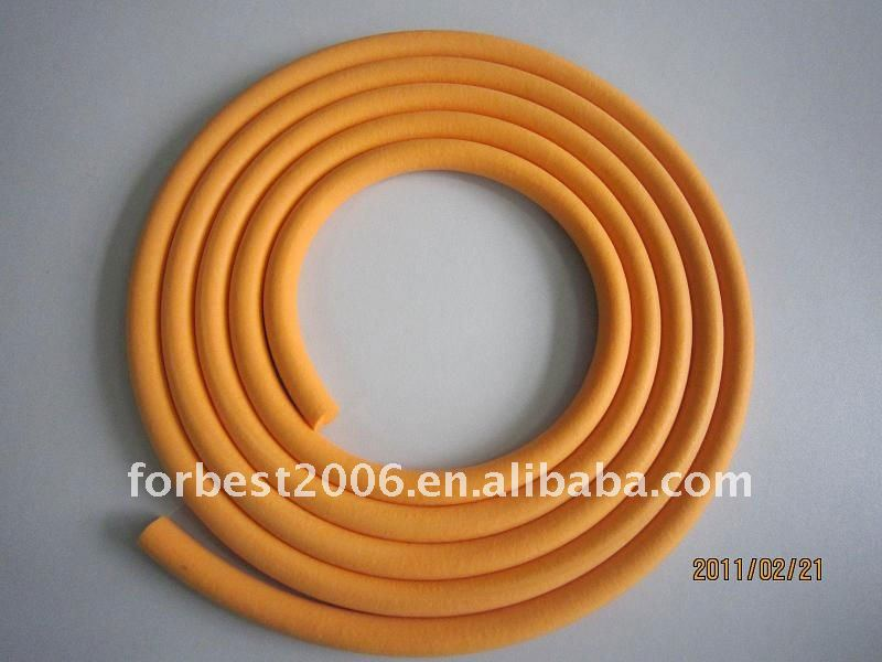 white sealing Silicone rubber sponge strip in top quality