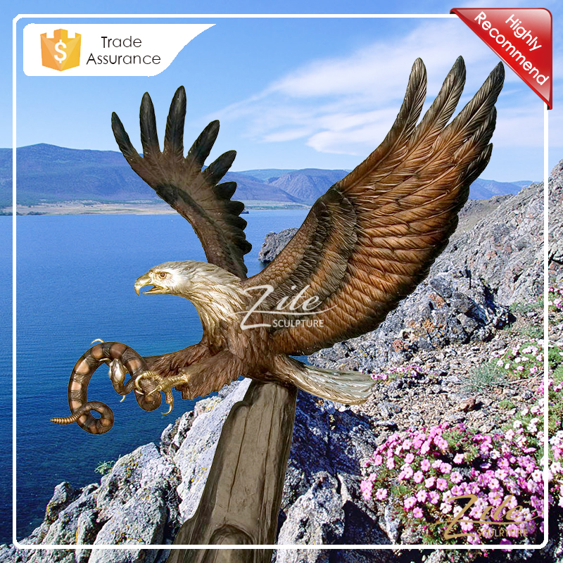 Classic Designs Outdoor Decorative life size bronze eagle statue