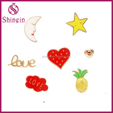 Custom high quality moon star heart soft enamel lapel pin for decoration