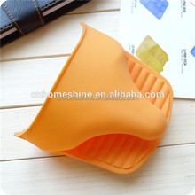 BPA Free Amazon Hot Selling Wholesale Kitchen Silicone mitt