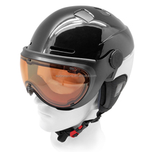 New Style Air Control Technology Ski Helmet with Visor