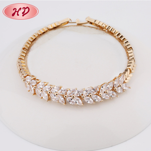 New Models Petals Shape Zircon Women Yellow Gold Hand Chain Bracelet