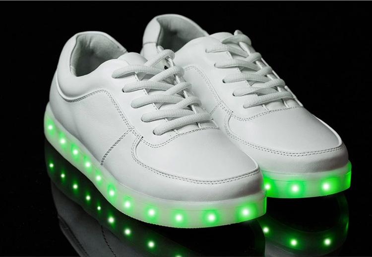 Led Licht Schoenen : New style led flashing shoe light shoes buy led flashing