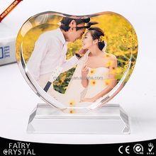 Romantic heart-shaped photo crystal for wedding memento gift