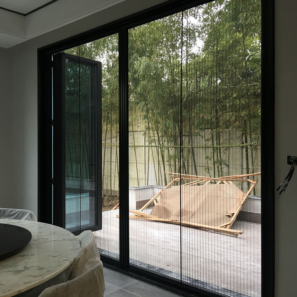 China New Technology Product  retractable polyester plisse mesh Folding Insect Screen