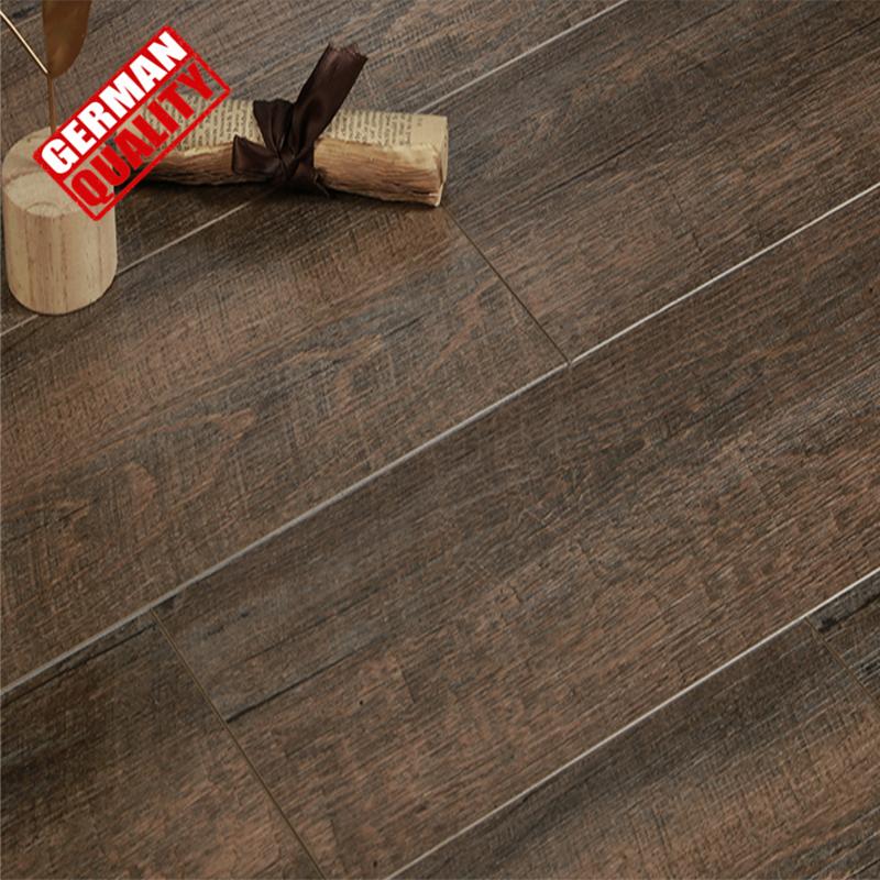 Flooring Uniclic Wood Vinyl Plank Floor