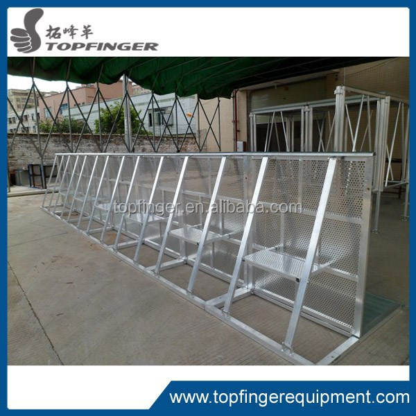 Creative hottest paypal accepted portable high quality light weight aluminum crowd barrier for road