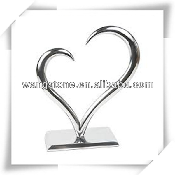 Unique design heart shaped stainless steel sculpture