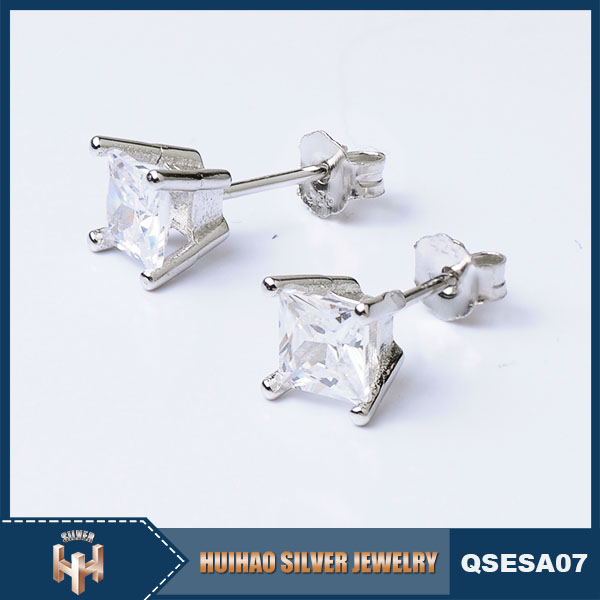 latest design best price prong setting pure 925 silver diamond stud earrings for girls