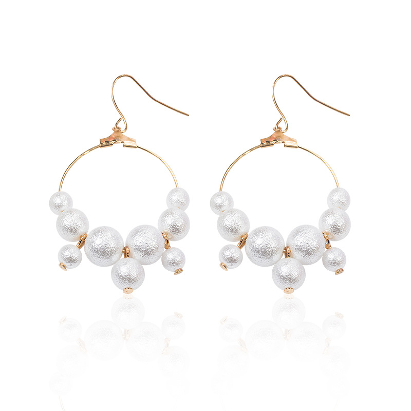 2019.Dongdaemun, South Korea is selling fashionable pearl ring earrings with ear hooks FOR WOMEN