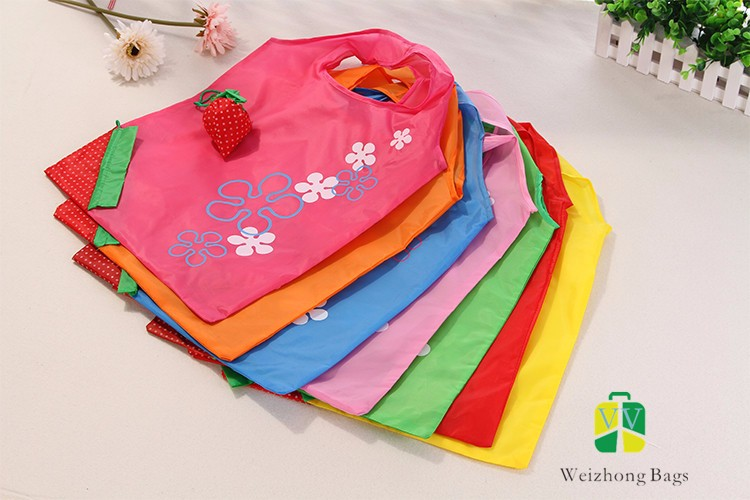 Foldable <strong>nylon</strong> personalized foldable cartoon strawberry fruit shopping bag