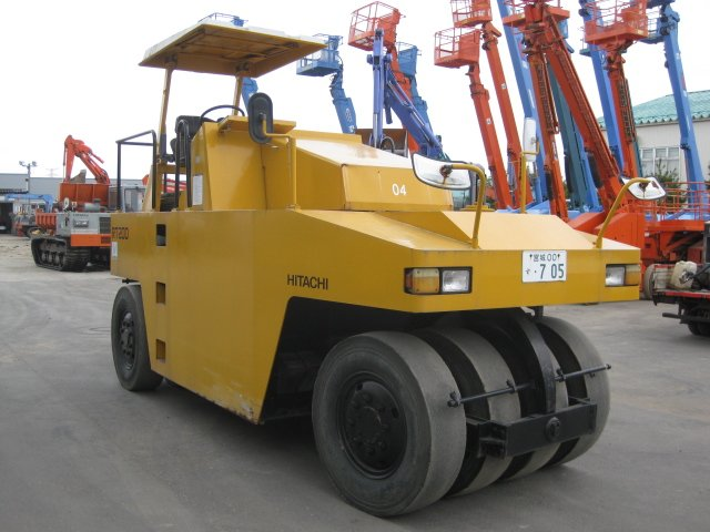 Used Tire Roller Hitachi Rt200 C Buy Tire Roller Road