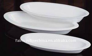 Wholesale ceramic customized durable porcelain oval white dinner plate
