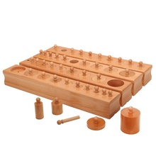 Material montessori, <span class=keywords><strong>holz</strong></span> <span class=keywords><strong>spielzeug</strong></span>, Material montessori pädagogisches <span class=keywords><strong>spielzeug</strong></span> in china-Zylinder Block (Set von 4)