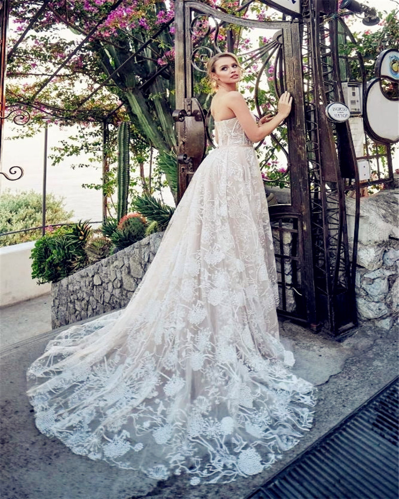 Beautiful Floral Lace Wedding Gowns Casual Wedding Dress Strapless A-Line Bridal Gown 2019 Elegant vestido de noiva