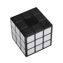 Factory Price Customized Portable Magic Square Cube Mini Blue Tooth wireless Speaker With Led Light