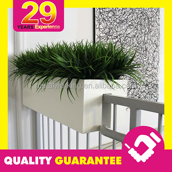 Custom Design OEM Metal Deck Rail Mounted Planter