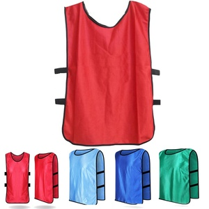 Best quality cheap custom reversible mesh scrimmage vests wholesale soccer & football training vest bibs