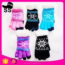2018 newest funny colorful touch screen personalized cheap winter knit gloves