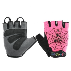 Skin-friendly half finger breathable Anti-fall bike sports protective kids cycling gloves