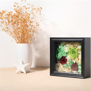 2018 hot sale Import Picture Frames Long Life Fresh Flower Rose Of Eternal Love For Wedding Giveaways