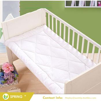 Waterproof Breathable Hypoallergenic Vibrating Baby Crib