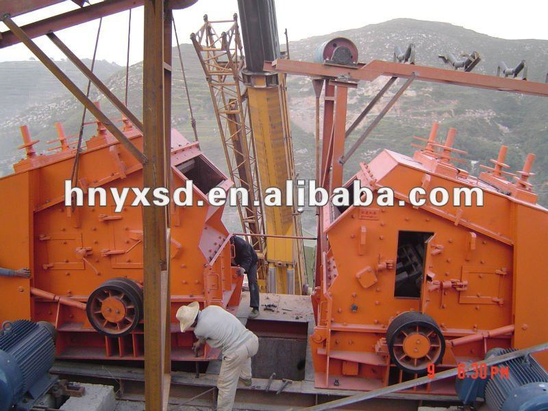2014 Good Performance Gold Ores Mobile Impact Crusher with SGS and ISO9001 Certification