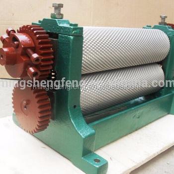 China Factory Beeswax Sheet Making Machine Foundation Roller Or Bees Wax  Comb Cutting Machine - Buy Manual Beeswax Comb Foundation Roller,Honey