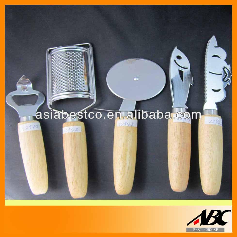 Utensili da cucina utensili id prodotto 202854109 italian for Kit utensili da cucina
